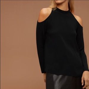 Aritzia Wilfred cold off the shoulder shirt M